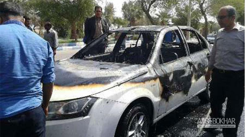 راننده معترض دهلرانی خودرو خود را آتش زد