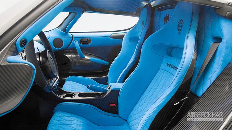 حمله کونیگزگ آگرا RS1 به نمایشگاه خودروی نیویورک