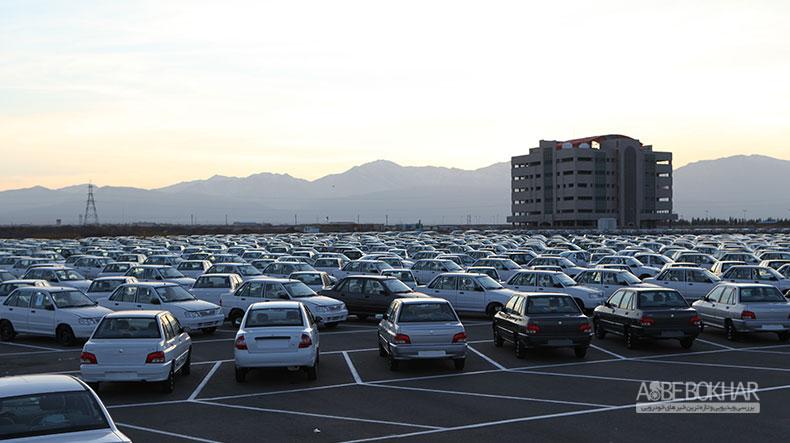 ۵۰درصد بازار خودرو کشور در انحصار خودروهای تکستاره!