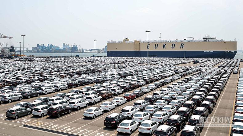 سازمان توسعه تجارت با تصمیمات یک شبه موجب آشفتگی بازار خودرو شد