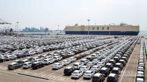 بررسی قطع ناگهانی واردات خودرو و پیامدهای آن