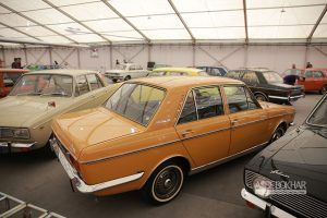 گزارش تصویری از غرفه خودرو های کلاسیک