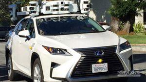 محصول خودران اپل در حال آزمایش رؤیت شد ویدیویی در توییتر منتشر شده است که خودروی لکسوس RX مجهز به سیستم ر