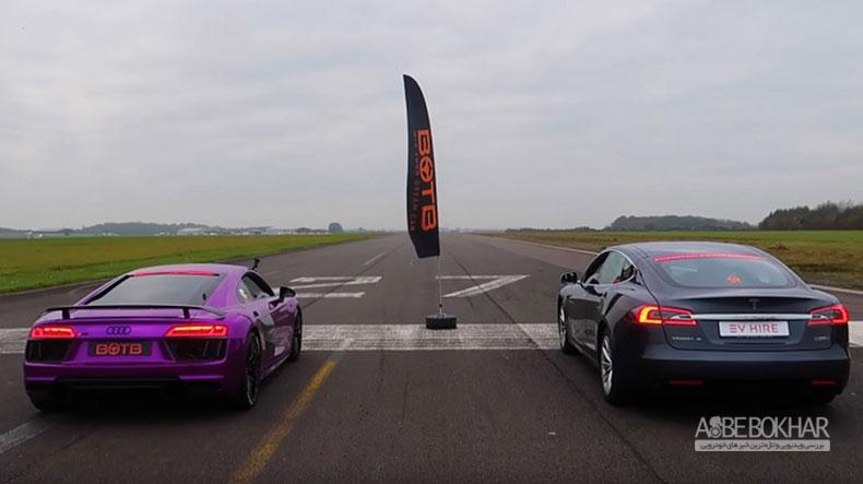درگ دیدنی تسلا مدل S با آئودی R8