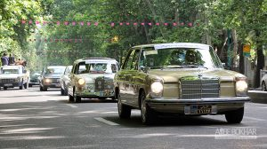 کاروان خودروهای کلاسیک در تهران به راه افتاد+ویدیو
