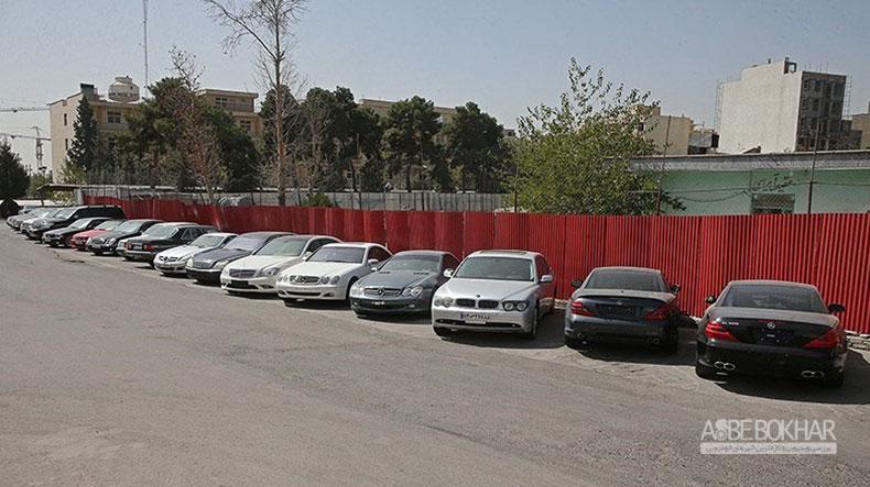 قاچاق ۳۴هزار خودروی لوکس به کشور
