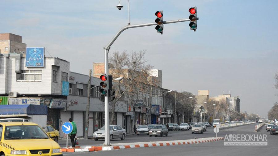 توصیه پلیس در زمان خاموشی چراغهای راهنمایی همزمان با قطع برق در تهران